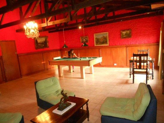 La Loma Hotel : sala de juego, pool, ajedrez