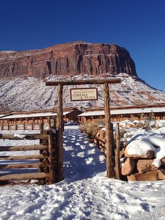 Red Cliffs Lodge: corrals & trails xmas 2013