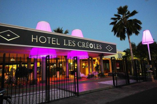 Hôtel Les Créoles : l'entrée