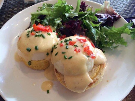 Sarabeth's West : Classic Egg Benedict..,