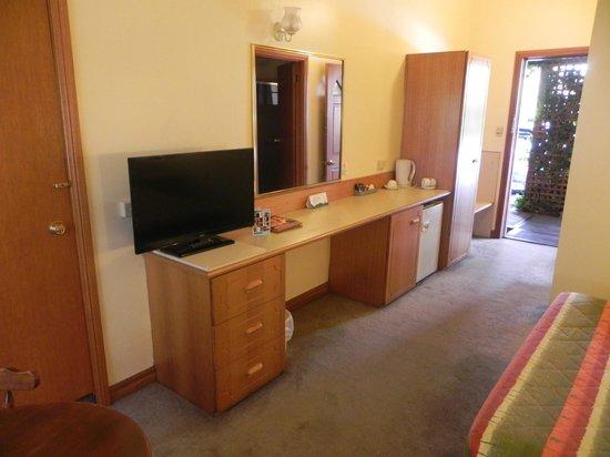 My Room Service Thornbury Review
