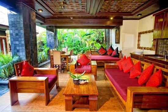 The Bali Dream Villa Seminyak: 4   Bedroom Villa   Living Room