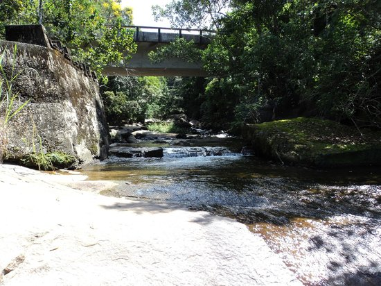 Prumirim  Waterfall: Piscina Natural