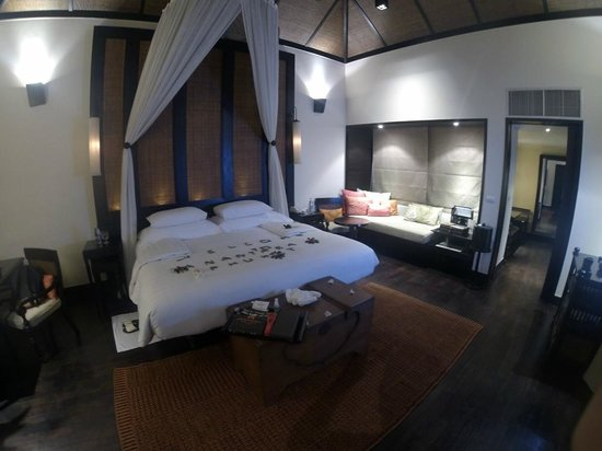 Anantara Mai Khao Phuket Villas: Main room