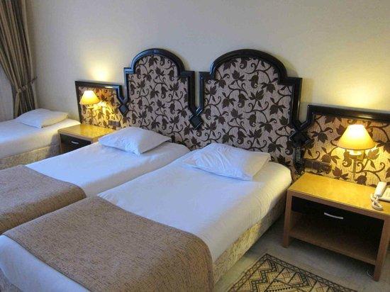 Marhaba Palace Hotel : Bedroom