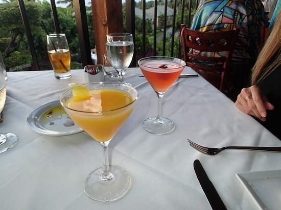 The Restaurant at Hotel Wailea: Fantastic flavored Martinis