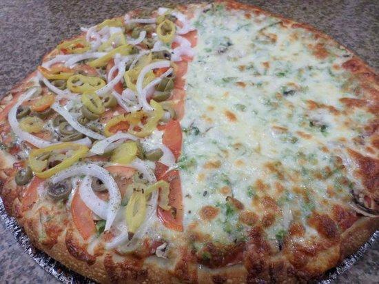 Cumberland Pizza : Veggie/Combo