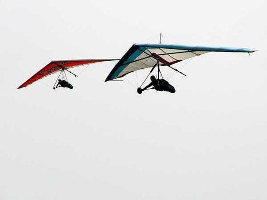 Team Spirit Hang Gliding & Paragliding: Flying High
