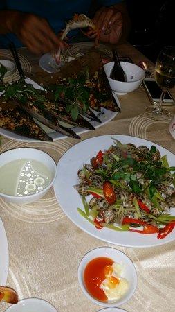 Nhat Phong 3 Seafood Restaurant : Good
