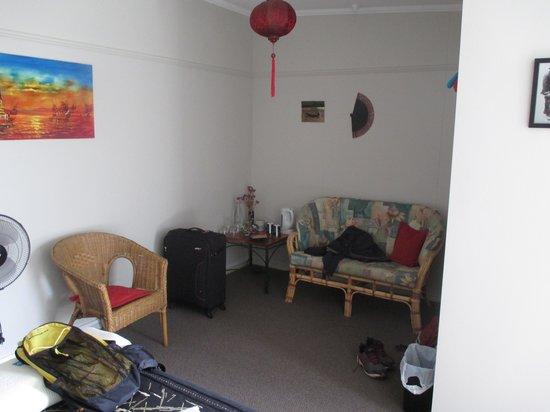Dunstan House: The Wong Room decor