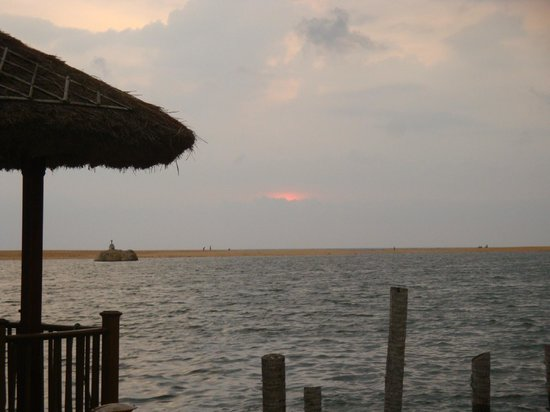 Poovar Island Resort: Sunset View From Floating Cottage Area