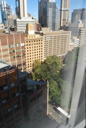 Travelodge Hotel Sydney Wynyard: View towards Wynyard Park