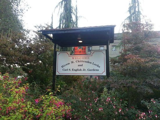Hiram M. Chittenden Locks : The Botanical Garden