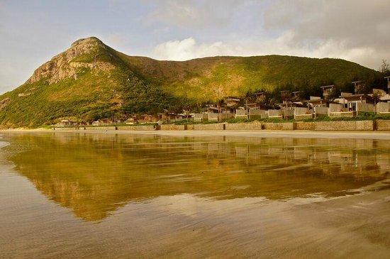 Six Senses Con Dao: Strand bei Ebbe
