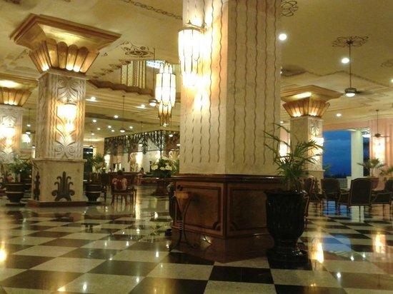 Hotel Riu Vallarta: recepcion