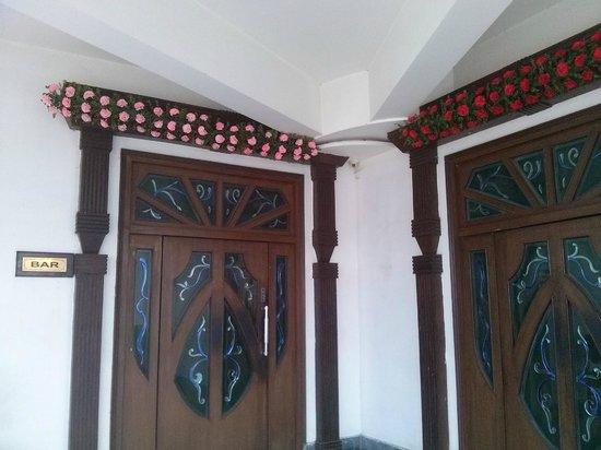 Hajipur, India: Bar