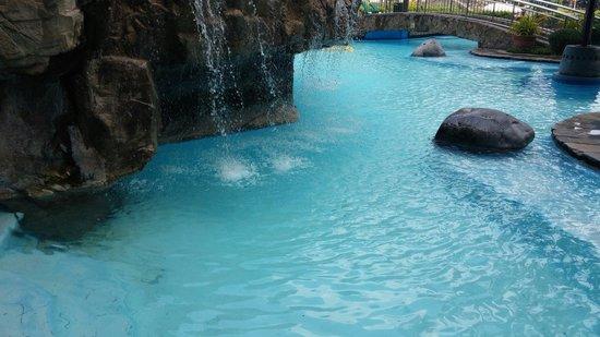 Sofitel Philippine Plaza Manila: Pool