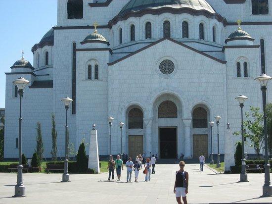 St. Sava Temple (Hram Svetog Save): При свете дня