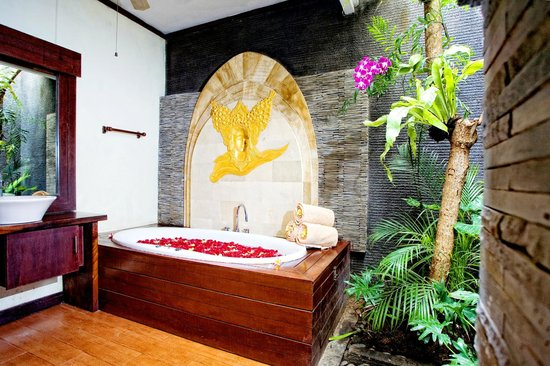 The Bali Dream Suite Villa - Spa Jacuzzi