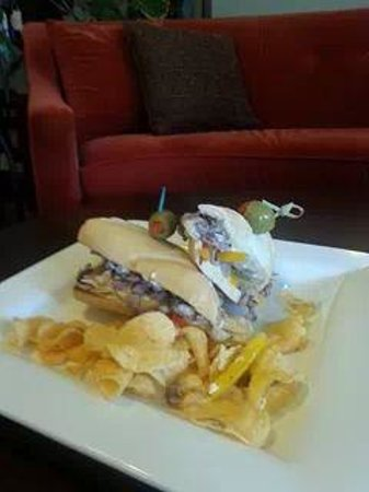The Red Sofa: mmm great philly style roast beef