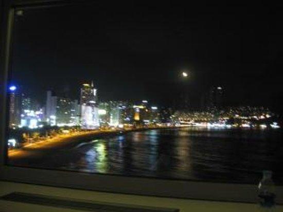 The Westin Chosun Busan : 夜