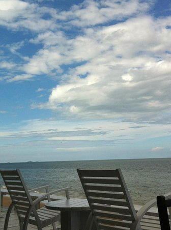 Let's Sea Hua Hin Al Fresco Resort: Blue Sky