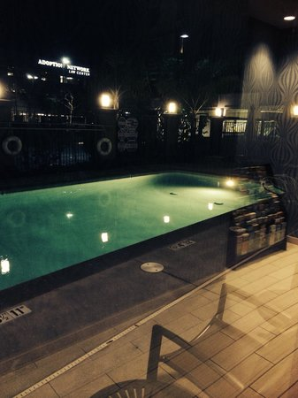 Holiday Inn Irvine Spectrum: Pool