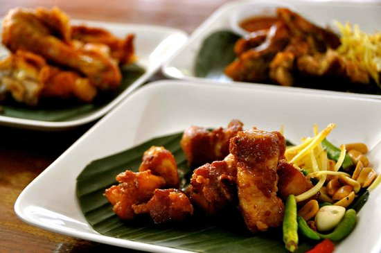 Huen Phen: Fried Fermented Pork Spare Ribs