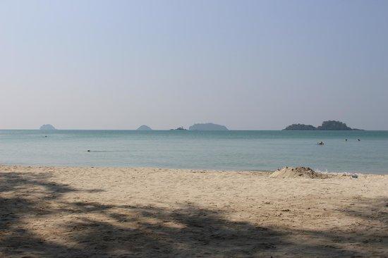 Barali Beach Resort: Beach