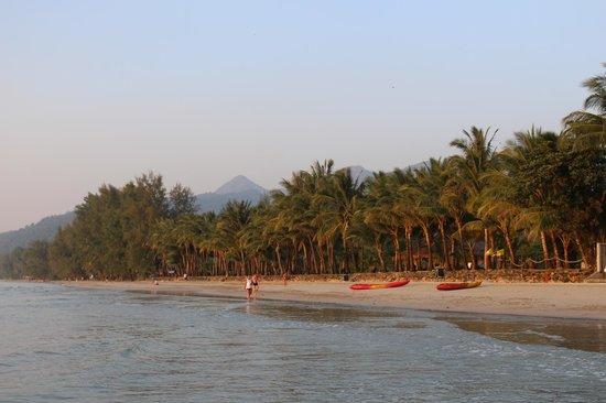 Barali Beach Resort: Resort View from the water