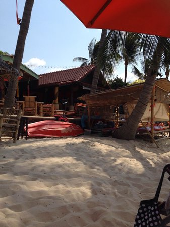 Secret Garden Beach Resort: Massage hut on beach
