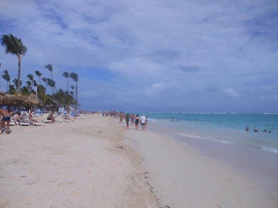 Grand Bahia Principe Punta Cana: walk on the beach
