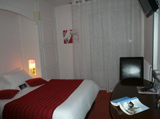 Hôtel du Croisé : chambre