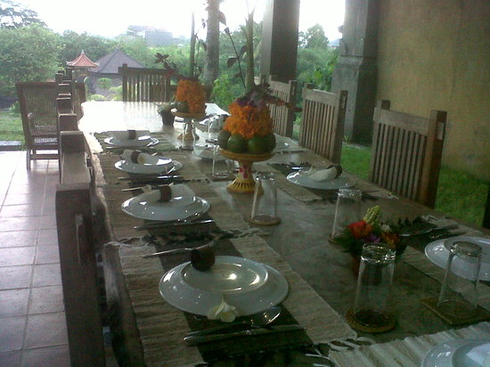Villa Mimpi Manis Bali: Dining room with a view for 12 persons