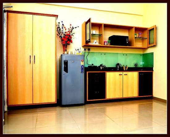 Orion Serviced Apartments : Semi Kitchenette