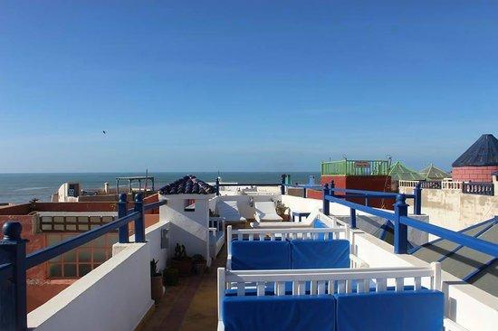 Riad Dar Afram: roof terrace