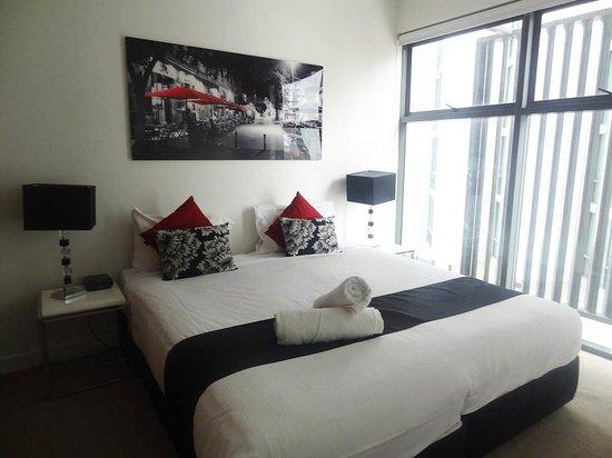 Quattro on Astor Apartments : Room