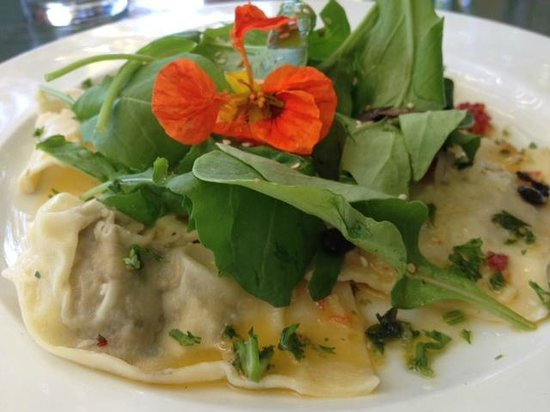 Moggs Country Cookhouse: Ravioli