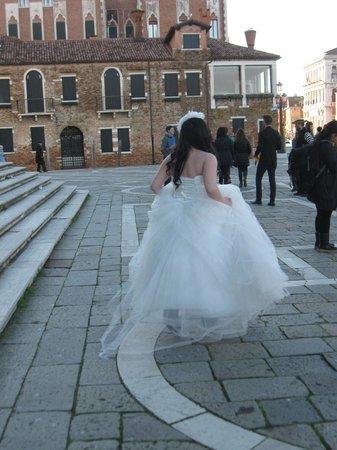 SINA Centurion Palace: Fermata vaporetto : Chiesa Salute' hotel a pochimetri piazzale'