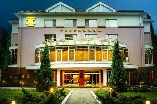 European Hotel : Фасад отеля