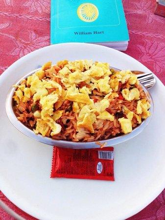 Mystic Jaisalmer Hotel: Veg. Fried rice with egg!!!!
