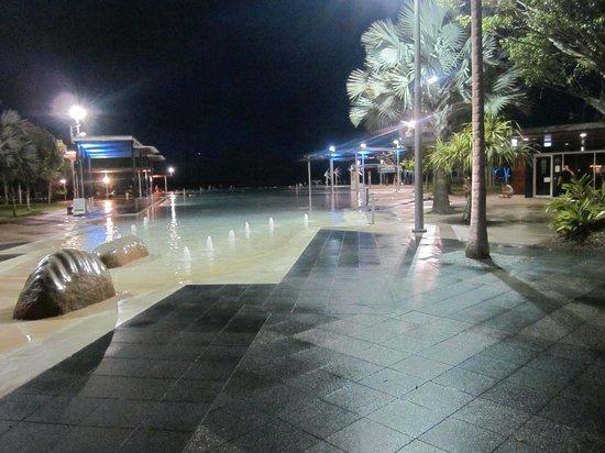Cairns Esplanade Lagoon: The Swimming Lagoon