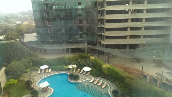 Hyatt Regency Mumbai : Pool View