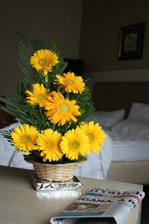 GreenPark Hyderabad : If you are blessed like me than you might have a arranged flowers in your room too :) Housekeepi