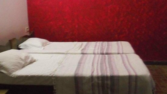 Shalom Guest House : Номер сфотографировать хорошо не получилось но они отличные