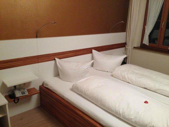 Hotel Restaurant Zum froehlichen Landmann : Schlafbereich