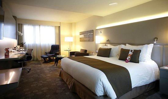 Crowne Plaza Barcelona-Fira Center: Club King room