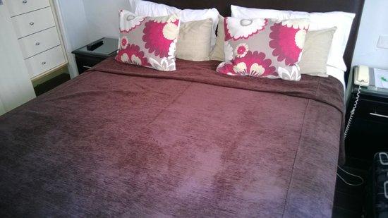Sarmiento Suites Apartment Hotel: Habitación