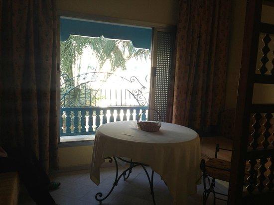 Residence Hammamet: Окно во дворик