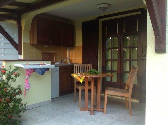 Habitation Grande Anse: cucina all'aperto della camera